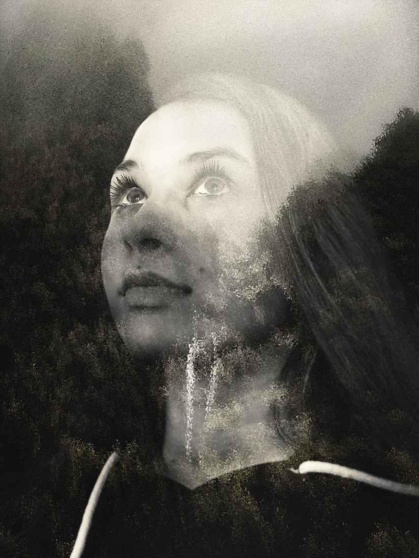 monochrome portrait photo of woman