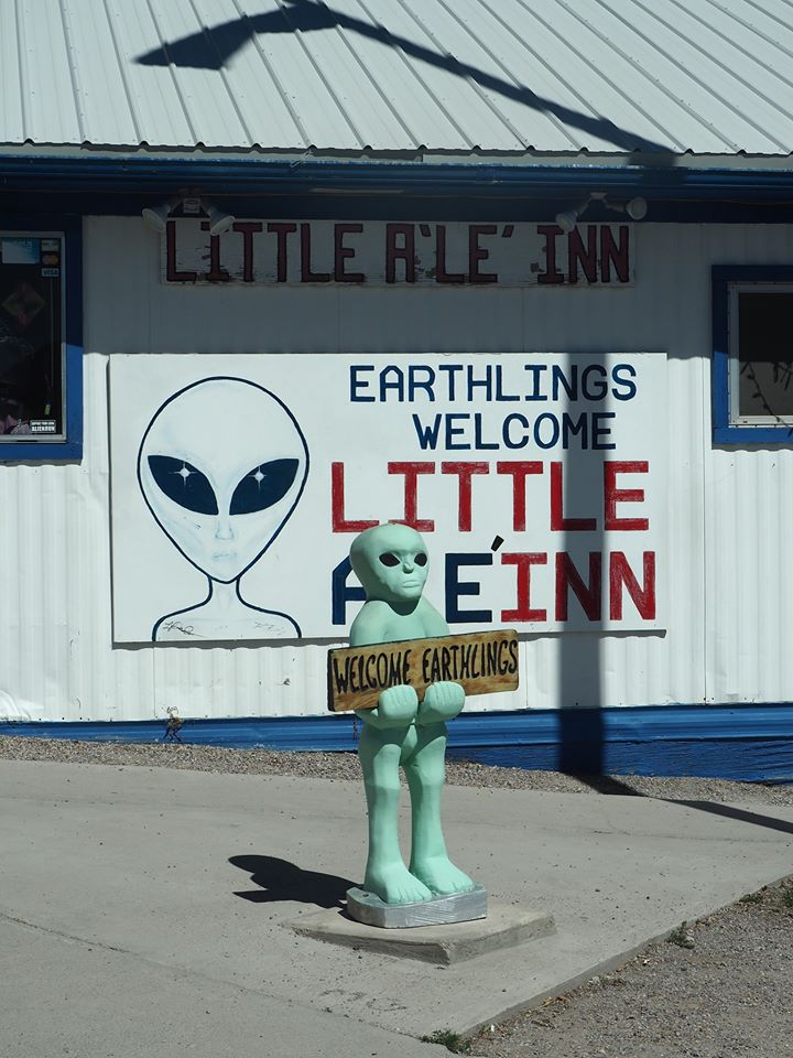 earthlings welconme